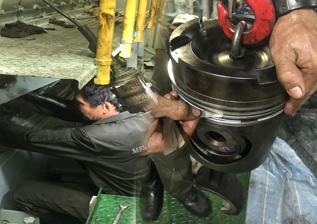 บริษัทประกอบกิจการเกี่ยวกับ ซ่อมบำรุงเครื่องยนต์ กลไก ในเรือเดินสมุทร และโรงงานอุตสาหกรรม ซ่อมแซม เครื่องจักร เครื่องยนต์ ตรวจเช็คระบบ ภายในเรือเดินสมุทรทุกชนิด